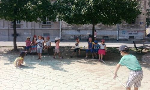 Aktivnosti u dvoristu (1)